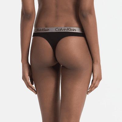Foto van Calvin Klein string radiant cotton 000QD3539E001 zwart