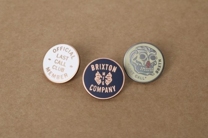 Foto van Brixton 05131-0931 Pins Last call Multi