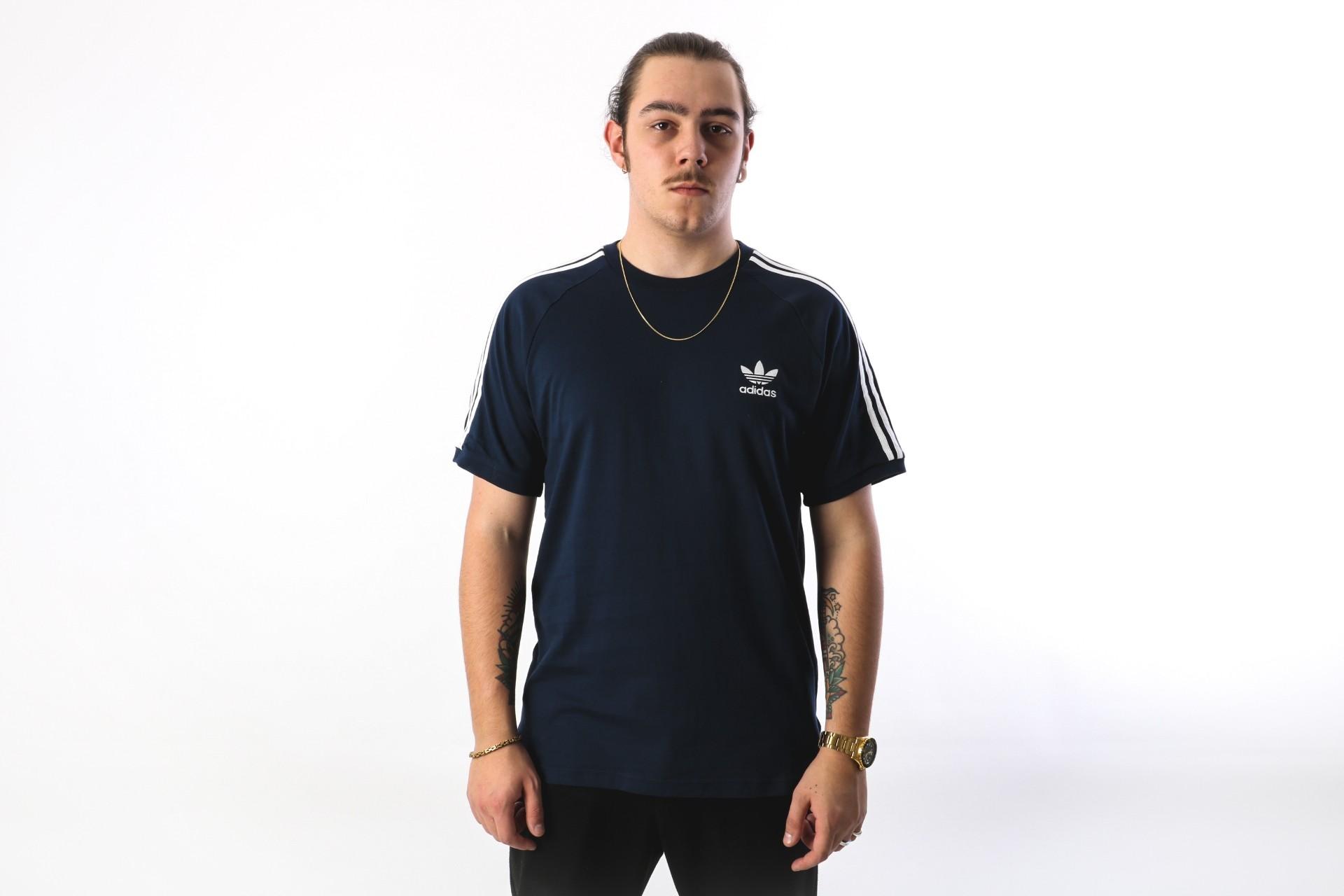 Foto van Adidas Originals CZ4546 T-shirt 3-stripes Blauw