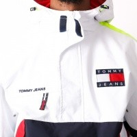 Afbeelding van Tommy Jeans 90s Sailing Jacket Bright White DM0DM04818-113