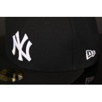 Afbeelding van New Era 10003436 Fitted cap MLB basic NY Yankees Zwart