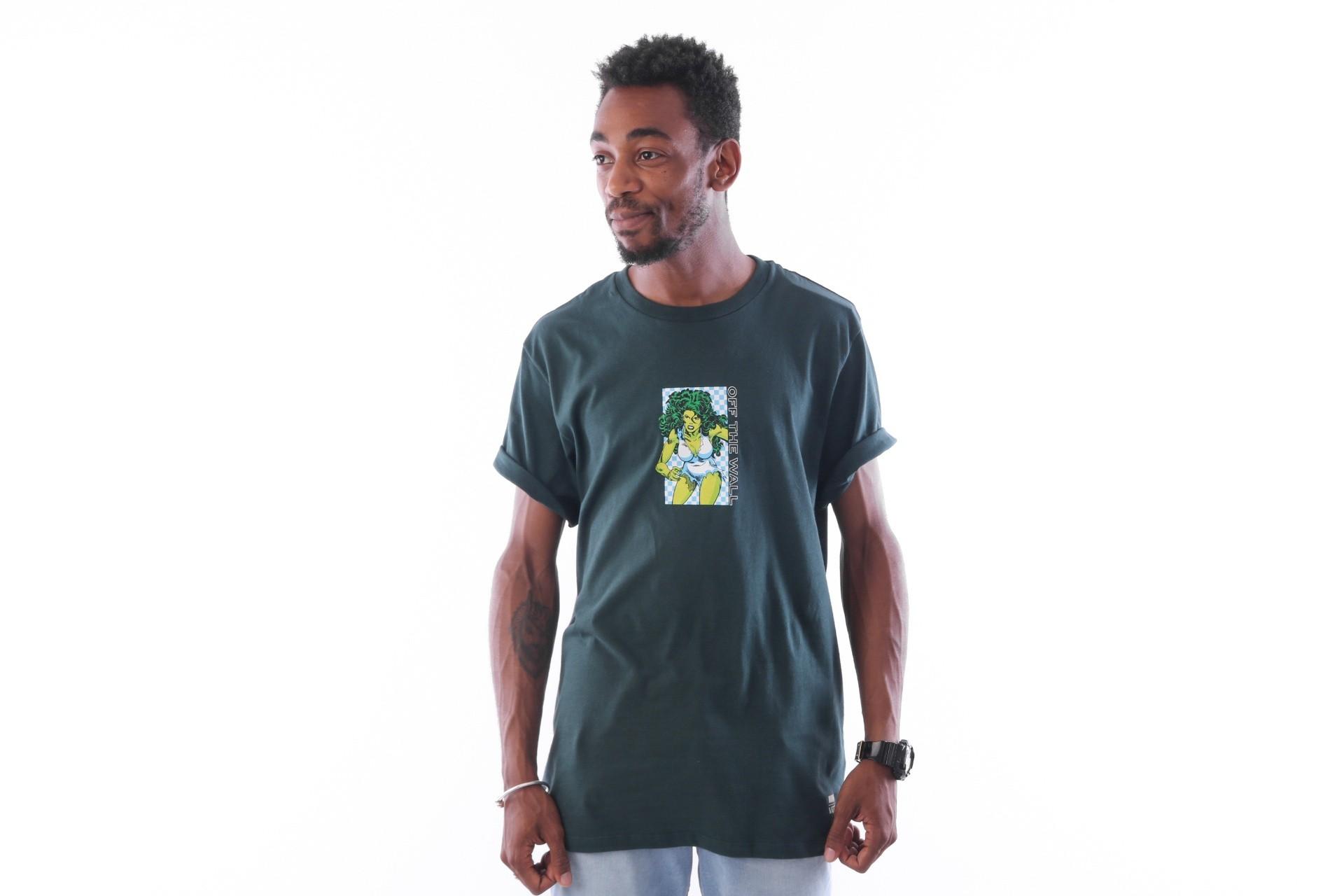 Foto van Vans X Marvel She Hulk SS VA3HRWYDX T-shirt Darkest Spruce