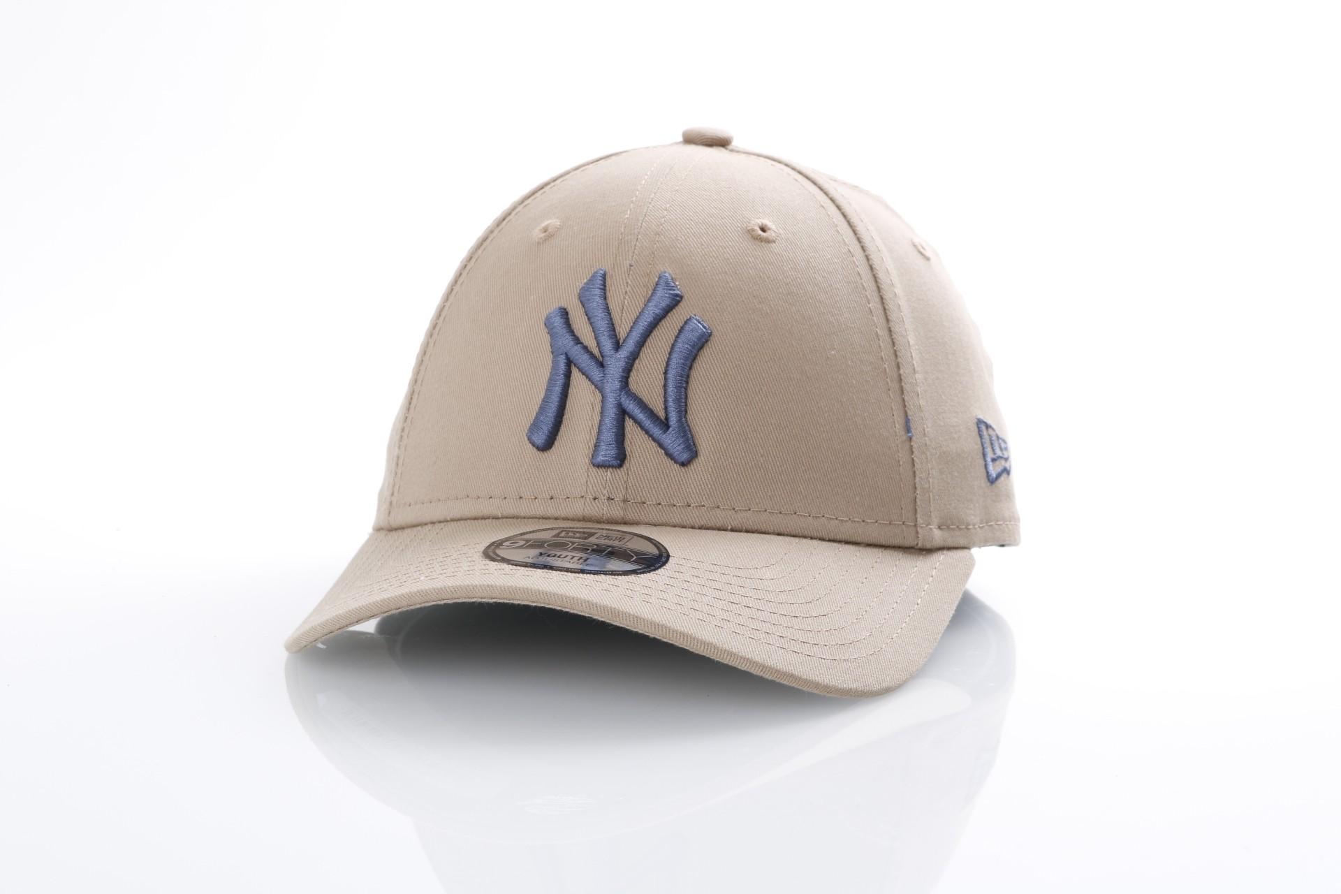 Foto van New Era Kids 80536635 Dad cap Kids league essential 940 NY Yankees Bruin