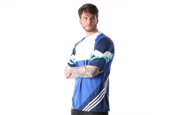 Foto van Adidas Originals CE4843 T-shirt Chop shop Blauw
