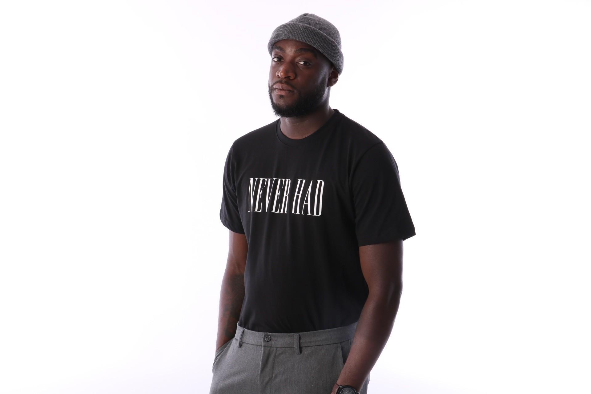 Foto van Aristoteles Never Had T-shirt NHT01 Black / White