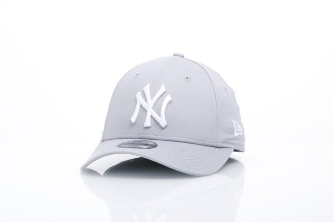 Foto van New Era Kids 10879075 Dad cap 940 MLB league basic NY Yankees Grijs