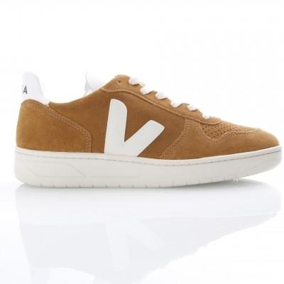Veja VX031546 Sneakers V-10 suede Bruin