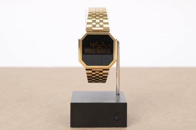 Foto van Nixon A158-502-00 Watch Re-run Goud