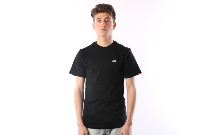Foto van Vans VA3CZE-BLK T-shirt Left chest logo Zwart