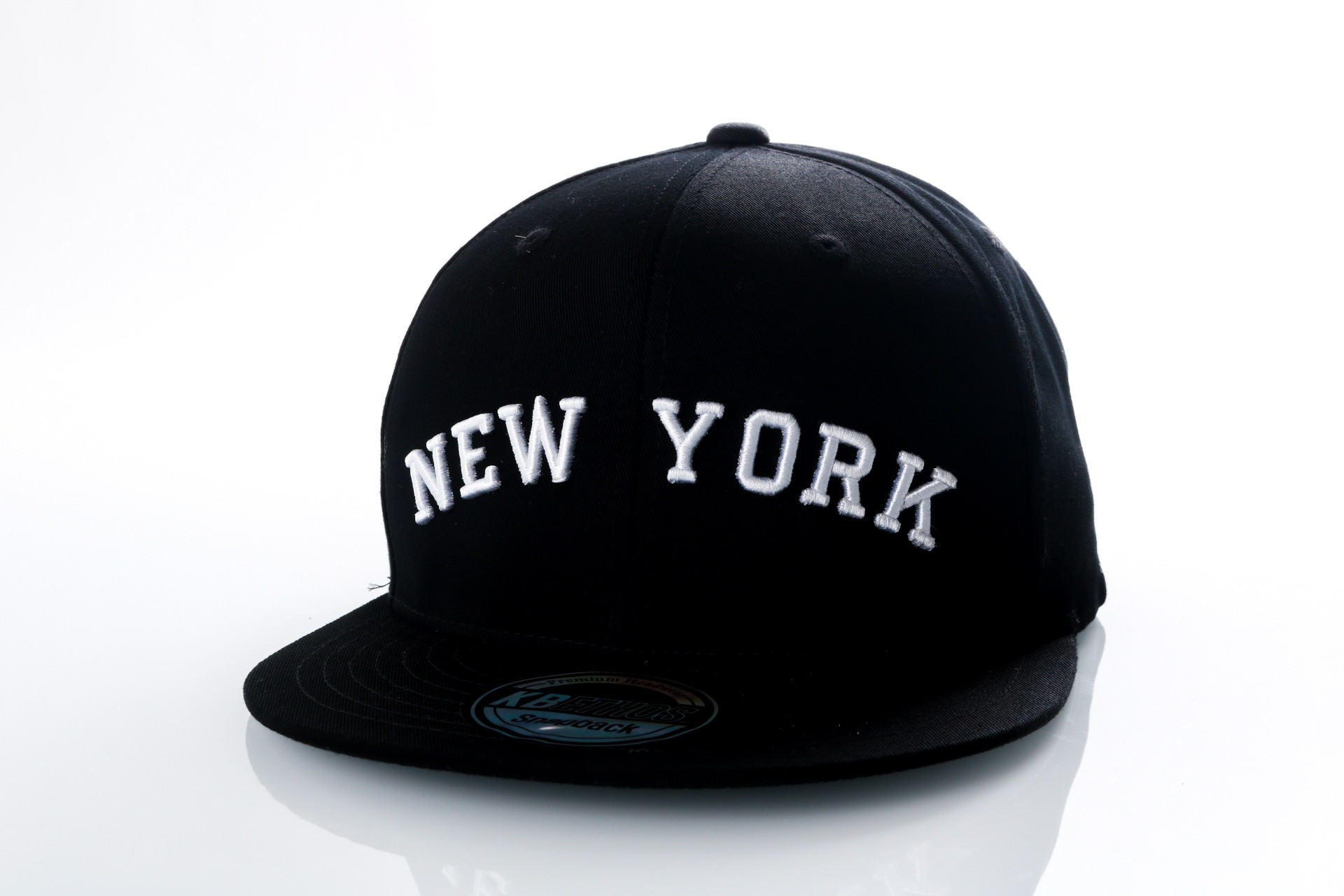 Foto van Ethos New York KBN-500NY Black/black/white KBN-500NY dad cap Black/black/white