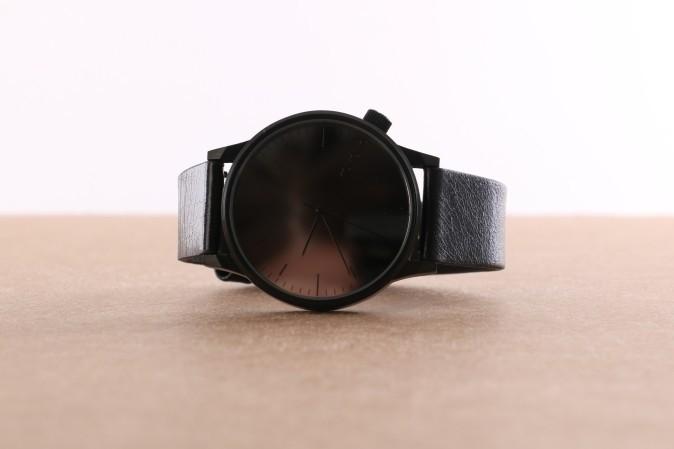 Afbeelding van Komono KOM-W2890 Watch Winston mirror Zwart