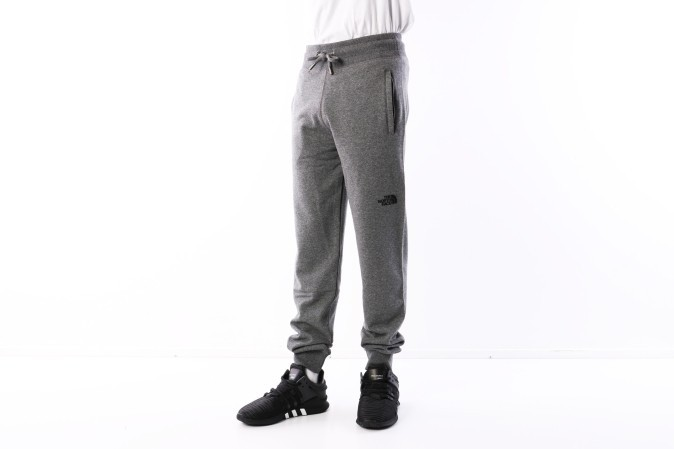 Foto van The North Face T0CG25-JBV Sweatpant Nse Grijs