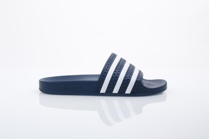 Foto van Adidas Originals 288022 Slide sandal Adilette adicolor const Blauw