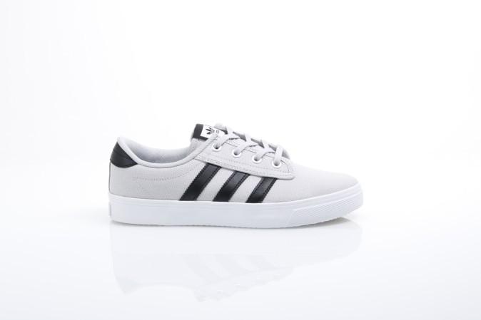 Foto van Adidas Originals CQ1088 Sneakers Kiel Grijs