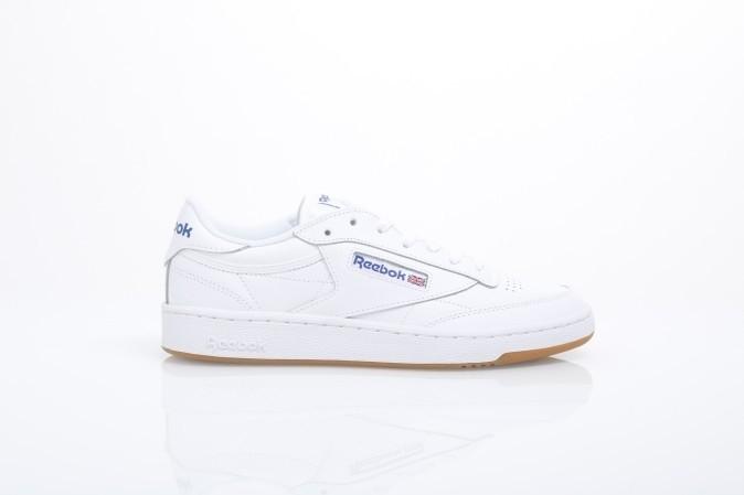Foto van Reebok AR0459 Sneakers Club c 85 Wit