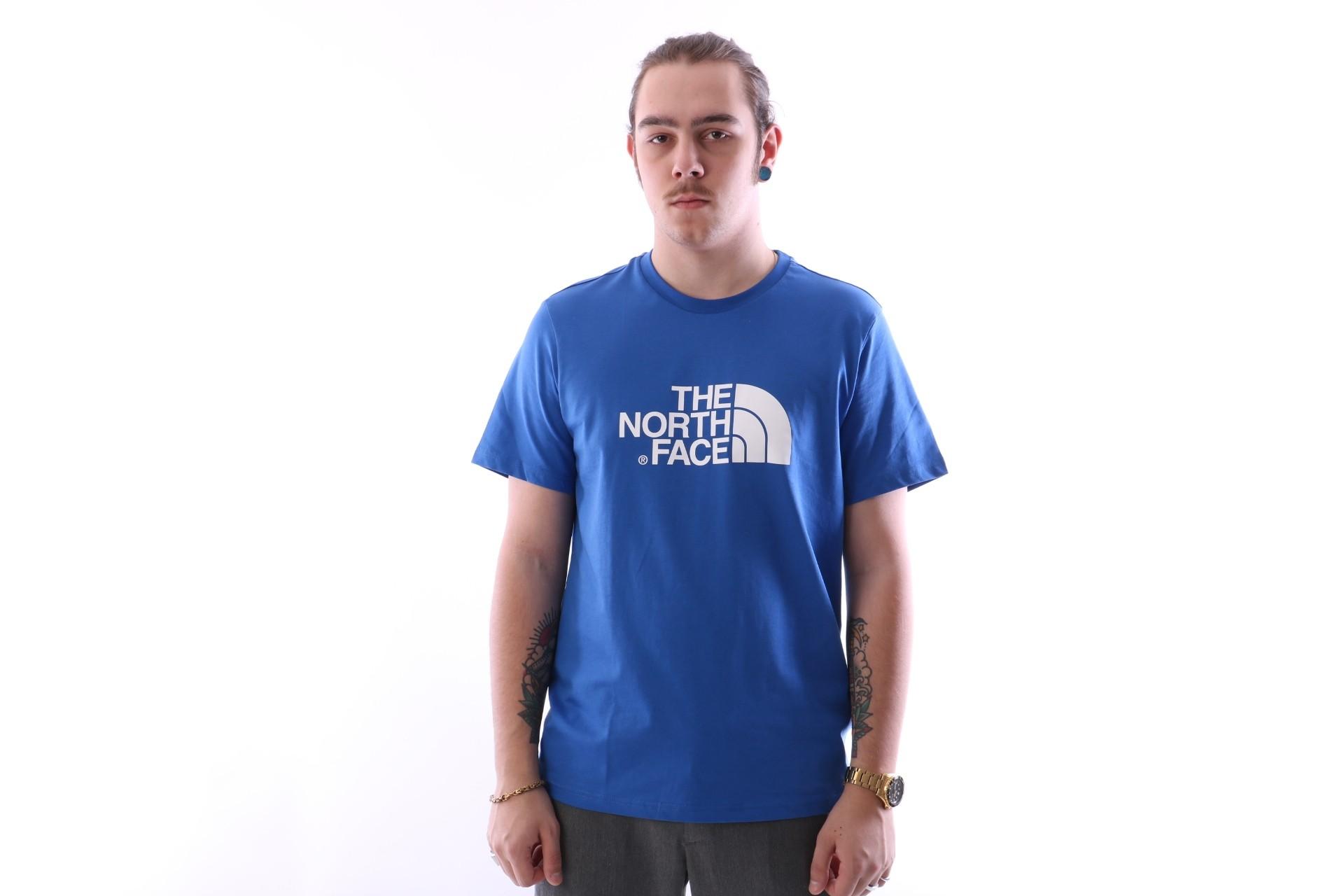 Foto van The North Face T92TX3-WXN T-shirt Easy Blauw