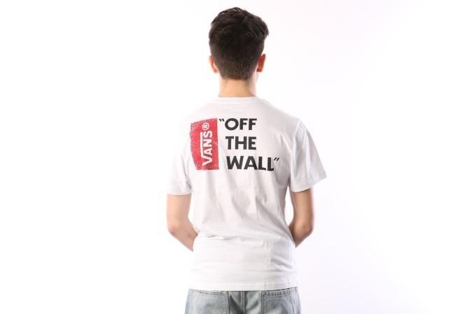 Foto van Vans V5Y0-WHT T-shirt Vans off the wall III Wit