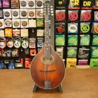 Foto van Eastman MD-304, A-Style Mandolin, Solid Spruce top, solid Maple back and sides incl. softbag