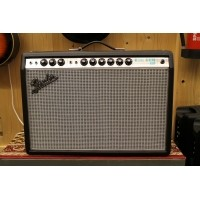 Foto van Fender 68 Custom Deluxe Reverb 227-4006-000